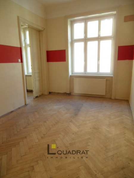 Sanierungsbedürftige Schnäppchen-Wohnung