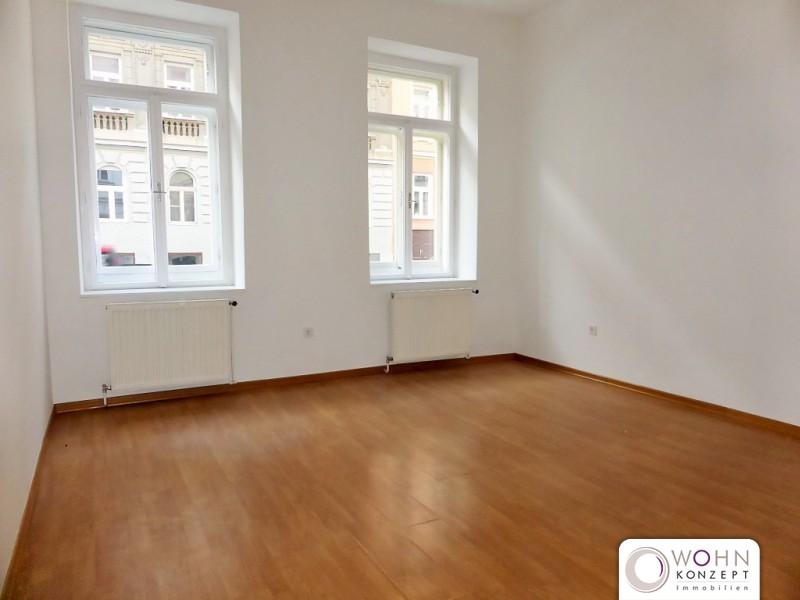 Unbefristete 2,5-Zimmer-Altbauwohnung