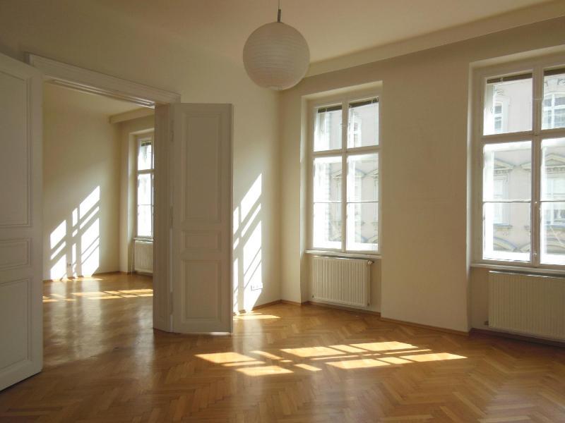 Sonnige Altbauwohnung Stumpergasse 1060 Wien