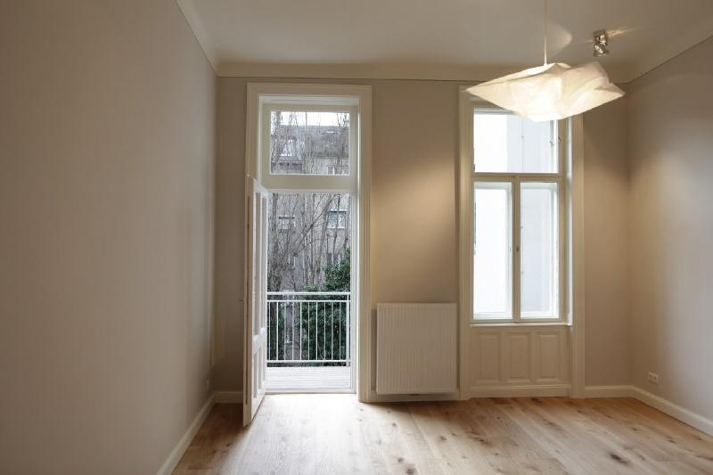 Traum-Altbauwohnung mit Balkon