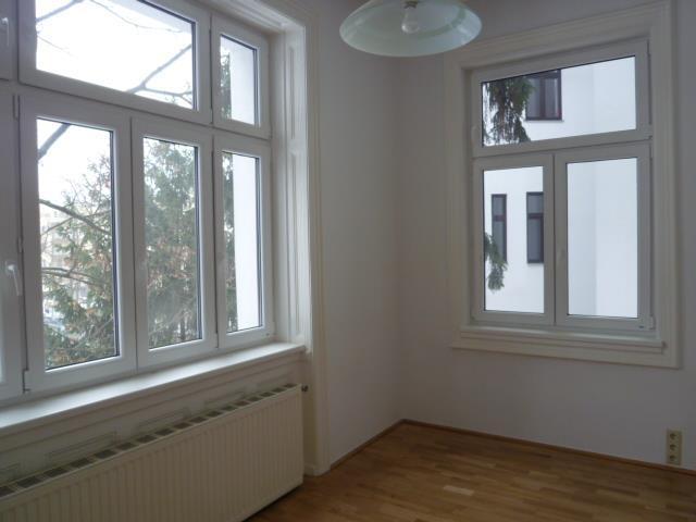 Unbefristete Altbauwohnung nahe Schönbrunn