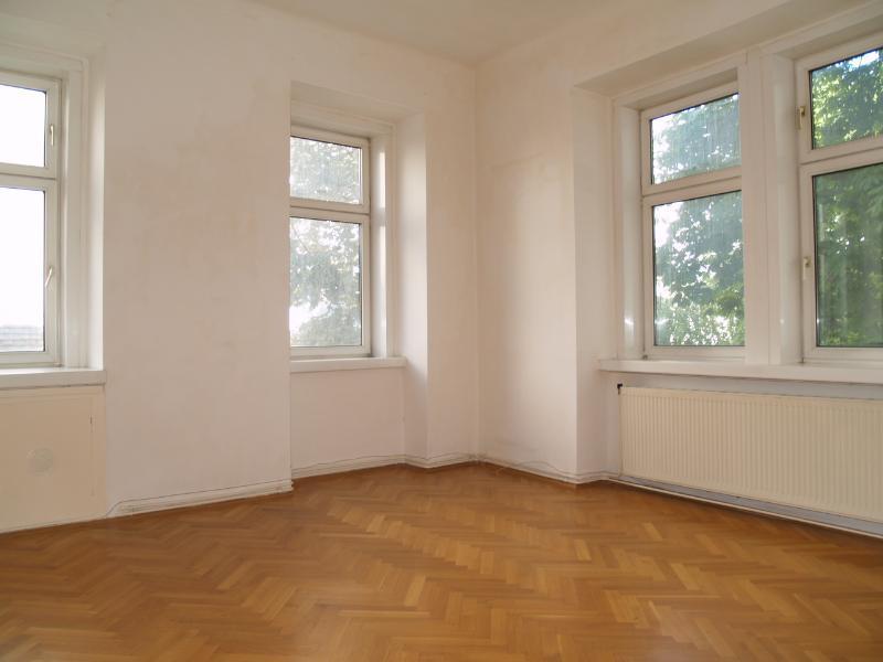 Hofseitige Altbauwohnung 1150 Wien