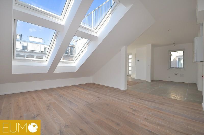 Luxus-DG-Kleinwohnung mit Terrasse