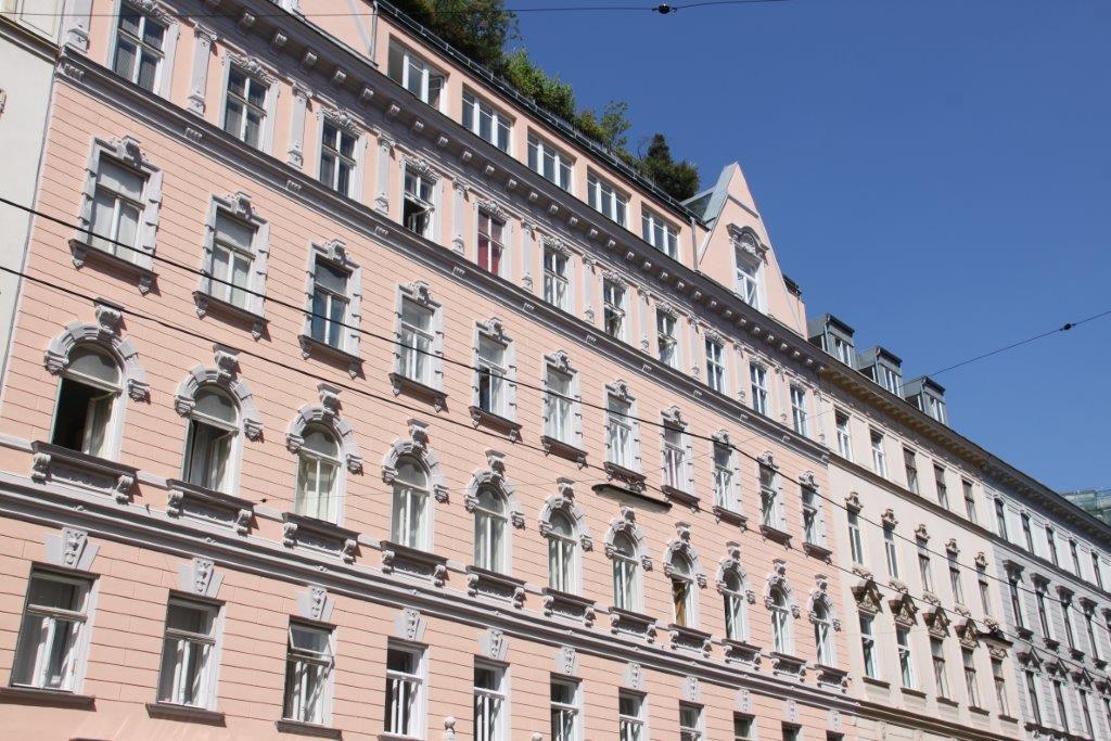 Unbefristete 2 Zimmer Altbauwohnung Liechtensteinstraße Wien