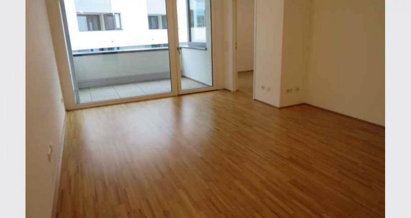 Moderne 2-Zimmer-Wohnung mit Loggia nahe Schönbrunner Straße