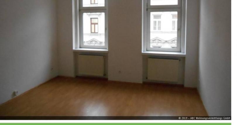 2 Zimmer Altbauwohnung für nur €420