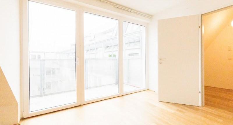 wohnung wien 2 zimmer dachgescho wohnung mit balkon. Black Bedroom Furniture Sets. Home Design Ideas