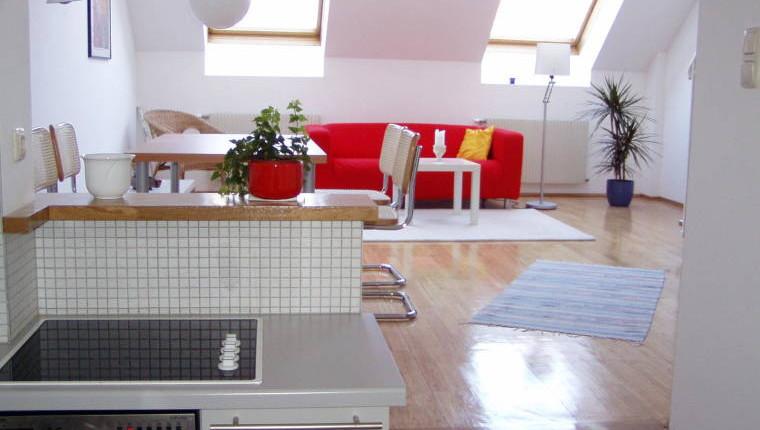 wohnung wien provisionsfreie dg wohnung mit terrasse. Black Bedroom Furniture Sets. Home Design Ideas