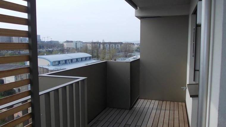 wohnung wien wohnung mit balkon im trienna living. Black Bedroom Furniture Sets. Home Design Ideas