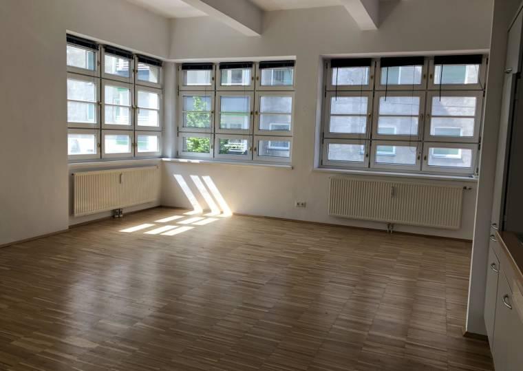 provisionsfreie loft wohnung in 1050 wien mietwohnung wien. Black Bedroom Furniture Sets. Home Design Ideas