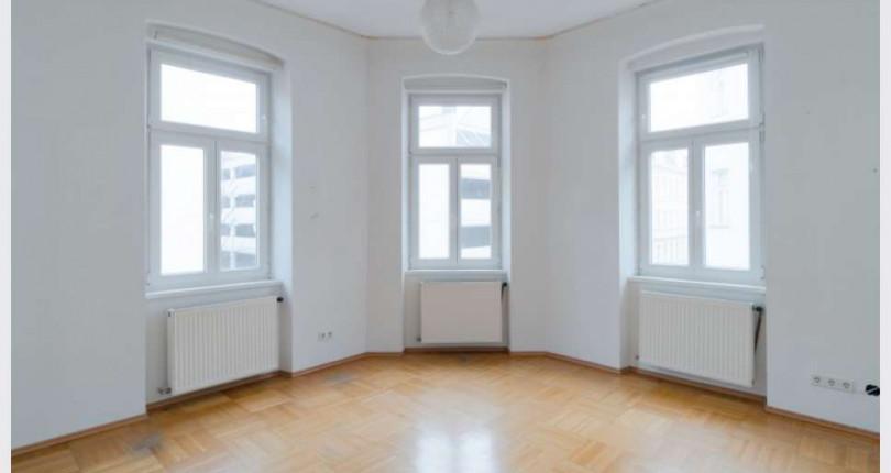 4-Zimmer-Altbauwohnung mit großem Eckzimmer