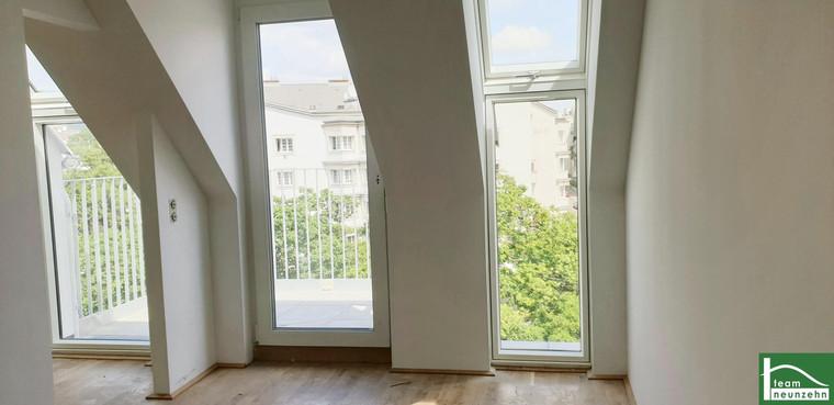 NEUBAU: Helle 2 Zimmer Wohnung 699€ MIT BALKON