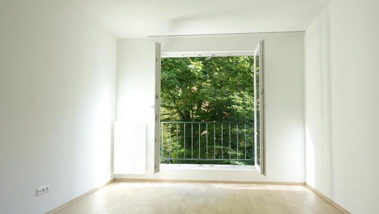 ERSTBEZUG: 2 Zimmer Wohnung – WG geeignet – MIT BALKON
