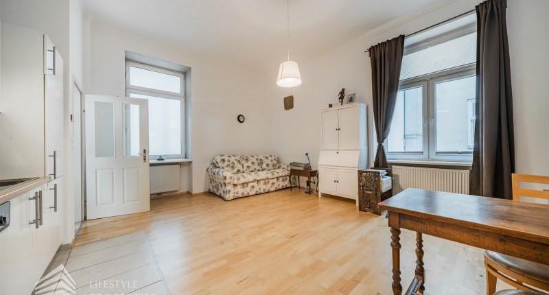 2-Zimmer-Altbauwohnung in der Josefstadt