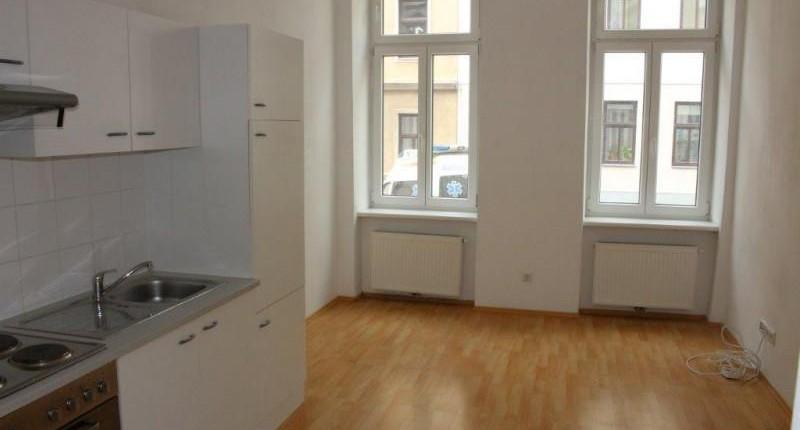 Günstige 1-Zimmer-Altbauwohnung 1150 Wien