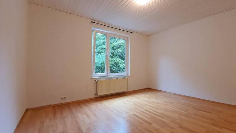 440€ in Döbling: Ruhige 1-Zimmer Garconniere mit Ausblick ins Grüne
