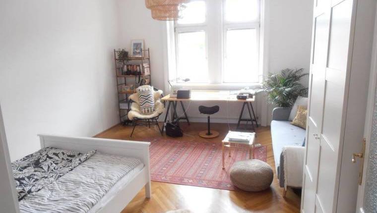 Unbefristete 2-Zimmer-Wohnung mit kleiner Loggia