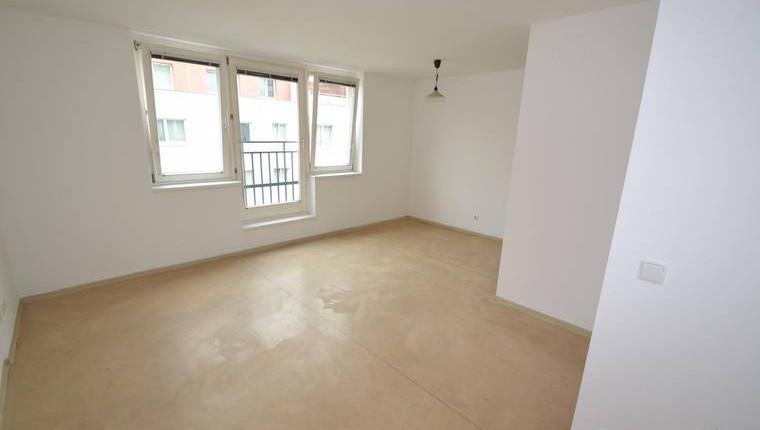 ALL INCLUSIVE 450€: Single-Appartement (teilmöbliert) in ruhiger Lage nahe Schmelz