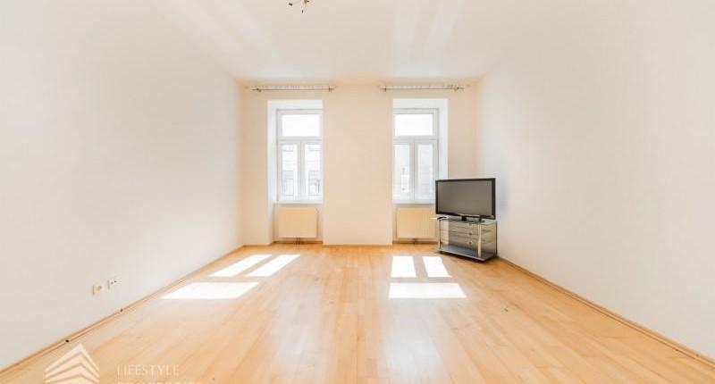 Unbefristet! Sanierte 2-Zimmer Altbau-Wohnung, Nähe Donau