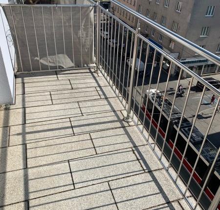 Provisionsfreie Kleinwohnung mit Balkon in der Columbusgasse