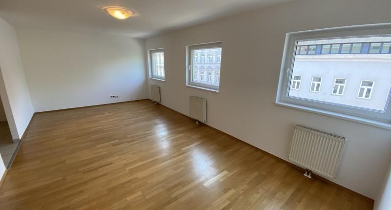 Wunderschöne 2-Zimmer Wohnung mit Fensterfront