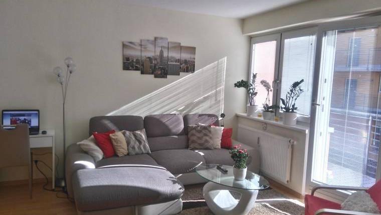 Provisionsfrei: 2 Zimmer Wohnung mit Südbalkon