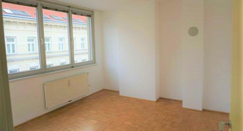 2 Zimmer Wohnung mit Garagenstellplatz und Balkon in 1170 Wien mieten