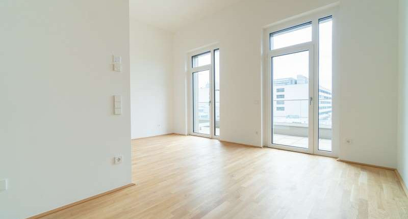 PROVISIONSFREI – Erstbezug mit extra hohem Wohnraum und Sonnenterrasse