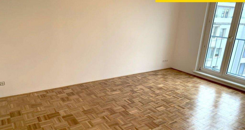 Helle 2 Zimmerwohnung unter 800€