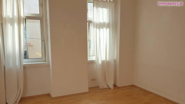 NUR 372€: Ideale 1-Zimmer Wohnung
