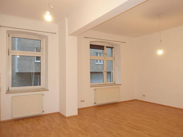Große 2-Zimmer-Wohnung in Hernals nur 500€