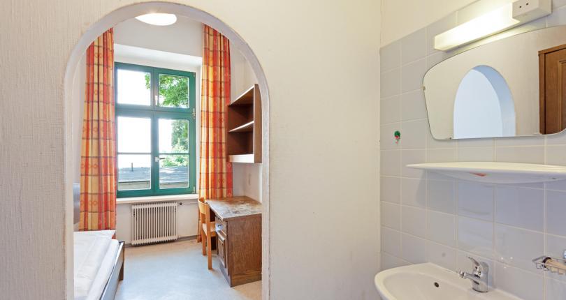 NUR 500€: Möbliertes Apartment in 1090