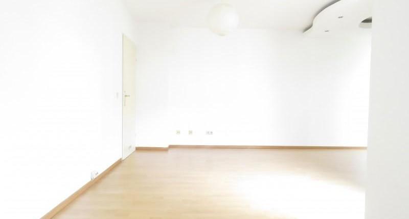 Großzügige 1 – Zimmer Wohnung in guter Lage mit Freifläche