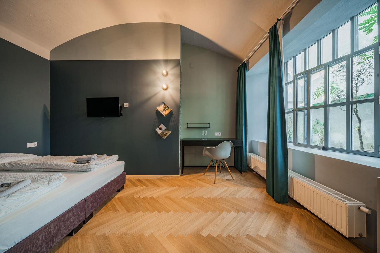 NUR 650€: Möbliertes Apartment Neustiftgasse